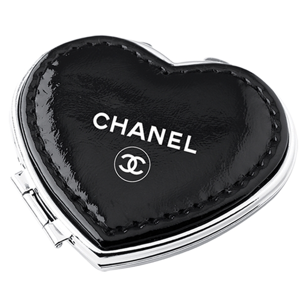 Printed Heart compact mirror in soft PU leather