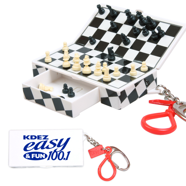 Customized Magnetic Travel Chess Keychain