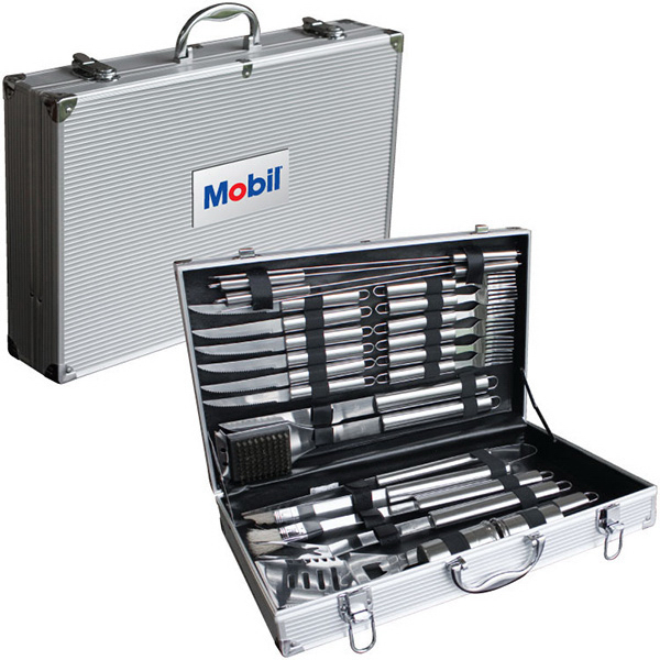 Personalized Deluxe 24 pc BBQ Tool Set