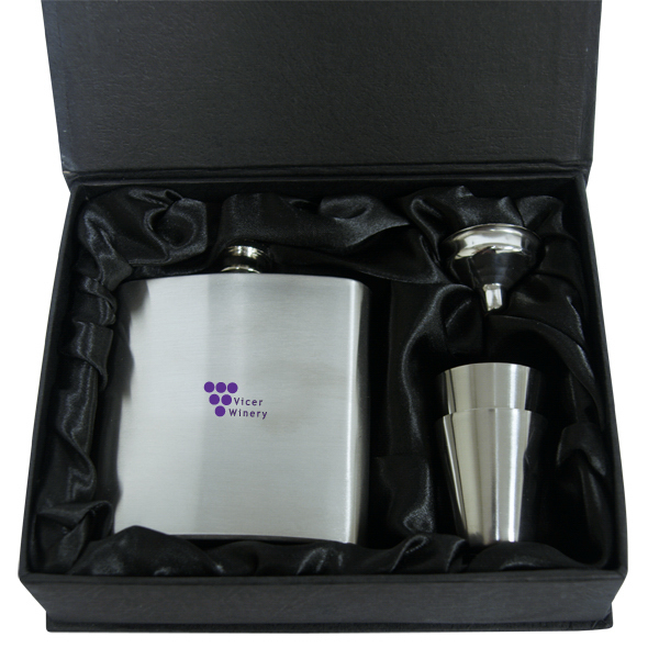 Customized Hip Flask Set