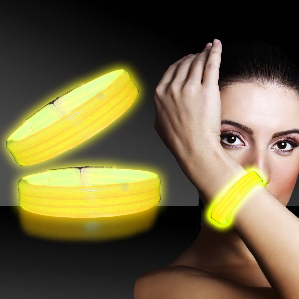 "Custom Yellow 8"" Deluxe Triple Wide Light Up Glow Bracelet"
