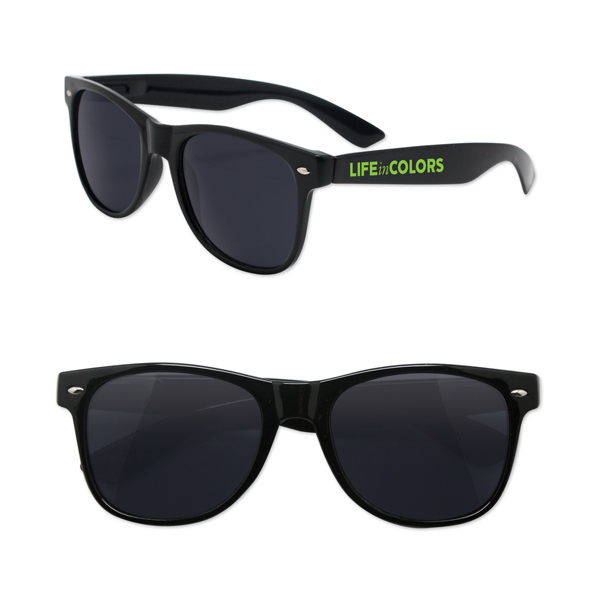 Sunglasses with Spring Hinge Arms