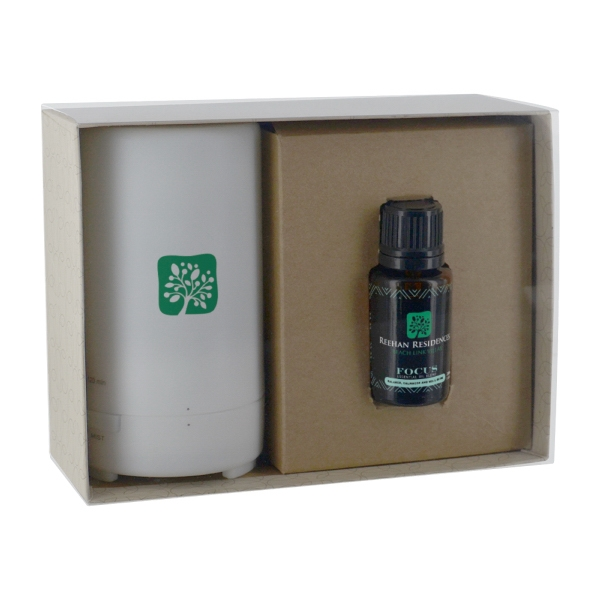 Electronic Diffuser & 15ml Bottle Essential Oil in Gift Box