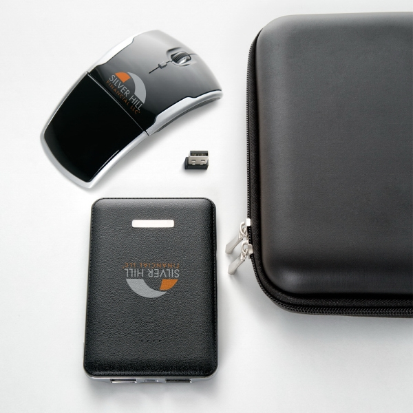 Black 5,000mAh power bank and foldable wireless mouse gift