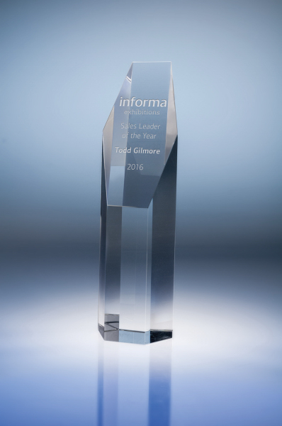 Pillar Optic Crystal Award - Medium