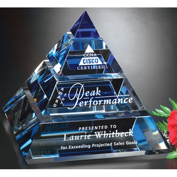 Personalized Apogee Pyramid Award