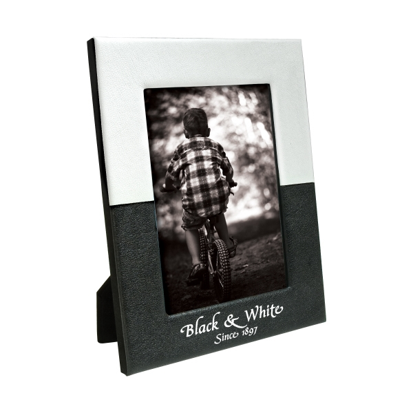 Personalized 5 x 7 Black & White Frame