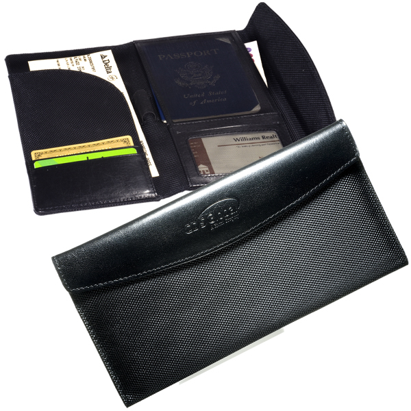 Promotional Leeman New York Manhasset Travel Wallet