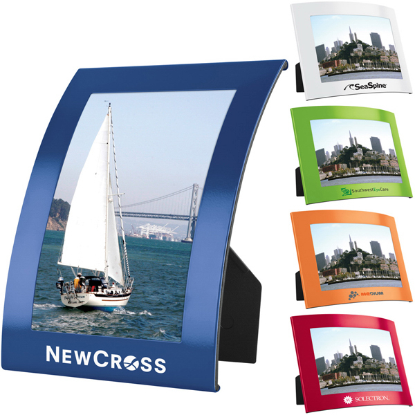 Personalized 4-inch x 6-inch The Curve Photo Frame