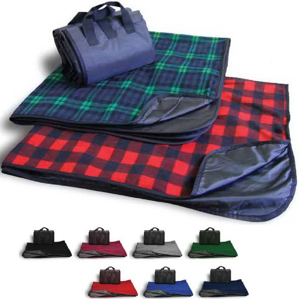 Printed Picnic Fleece Blanket - Plaid